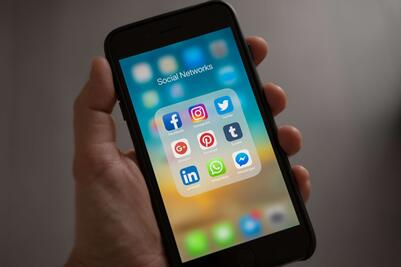 social media_ pexels datenbank-1